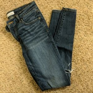 Loft Distressed Skinny Jeans Size 2/26